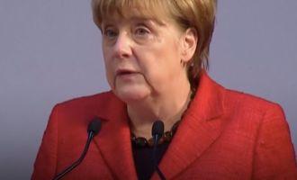 Video: Angela Merkel reagiert auf NS-Vergleich des türkischen Präsidenten Erdogan