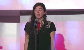 Bewegender Slam: Sabrina Benaim erklärt ihrer Mutter ihre Depression