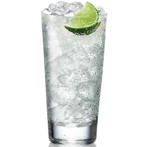 Gin Tonic. Ein klassischer und schnörkelloser Highball