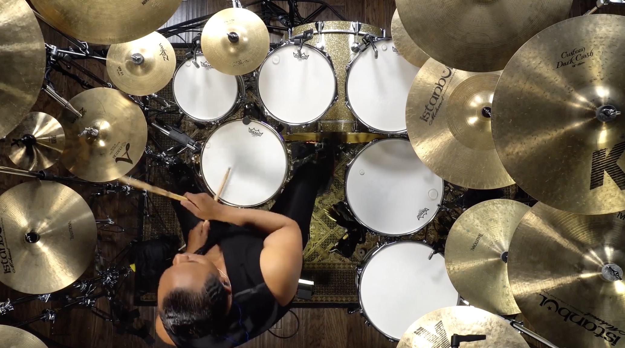 "Michael Jacksons Drummer spielt ""Smooth Criminal"""
